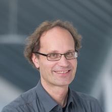 This image shows Daniel Weiskopf